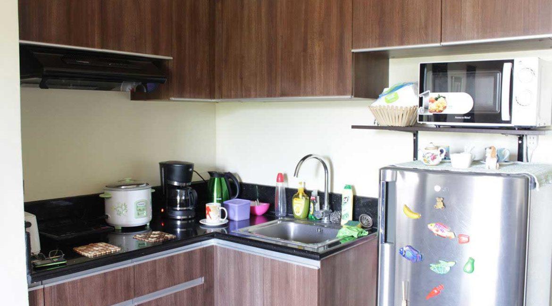 azalea-1br-bea-5th-kitchen-1200x800