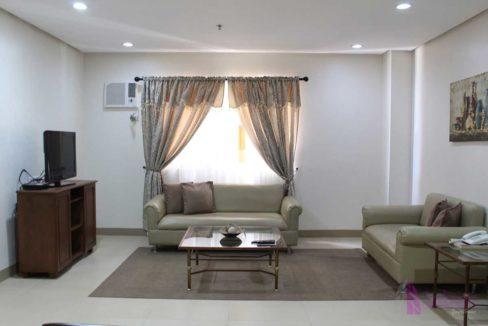 condotel-cebu-2br-apas-living2-1200x800