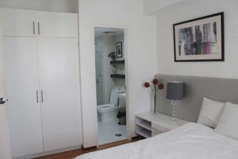 grand-cenia-1br-bedroom-withcabinetsCR-1200x800