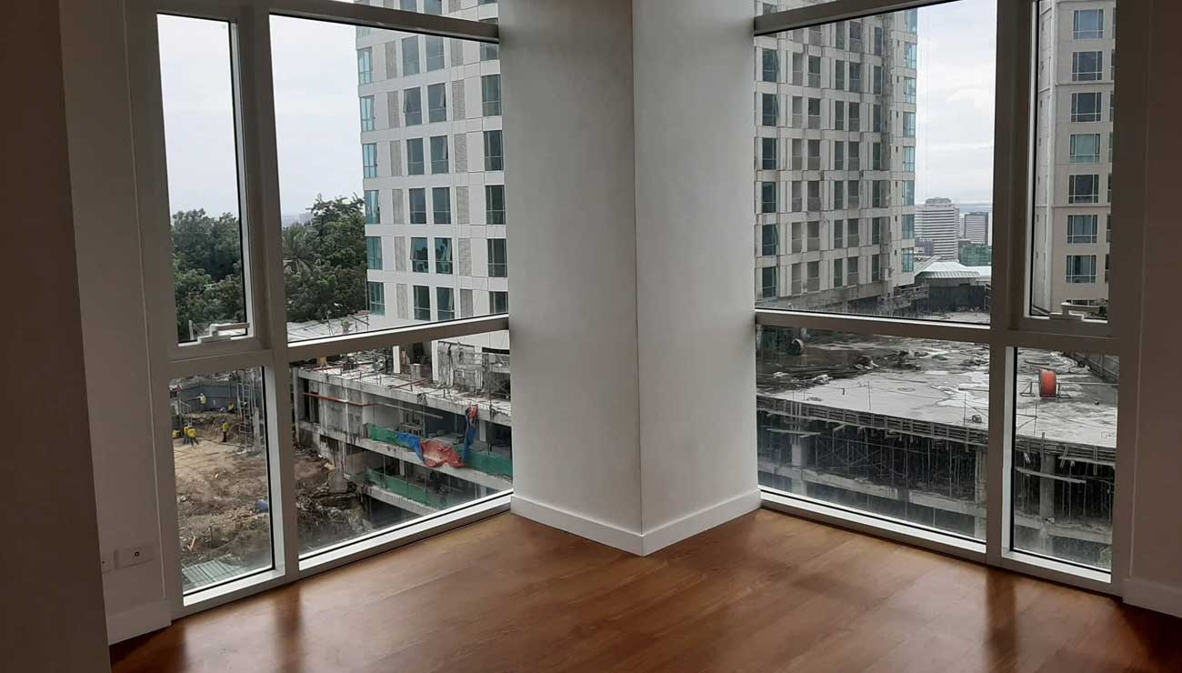 Spacious 1BR Resale Marco Polo